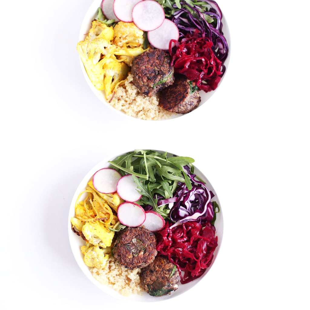 mini spinach quinoa veggie burger bowls // clean food dirty city